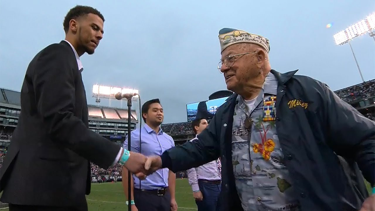 5a26c7a4e5105  maxresdefault - Old Pearl Harbor Survivor Makes Amazing Appearance, Wins The Hearts Of Over 54,000 Audience