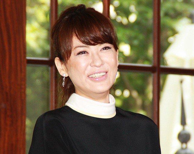 鈴木砂羽 笑顔에 대한 이미지 검색결과