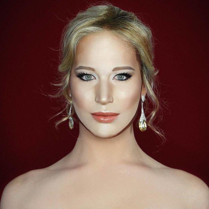 BXtRRwbFosy png  700 - Un joven puede transformarse en cualquier celebridad solo con maquillaje