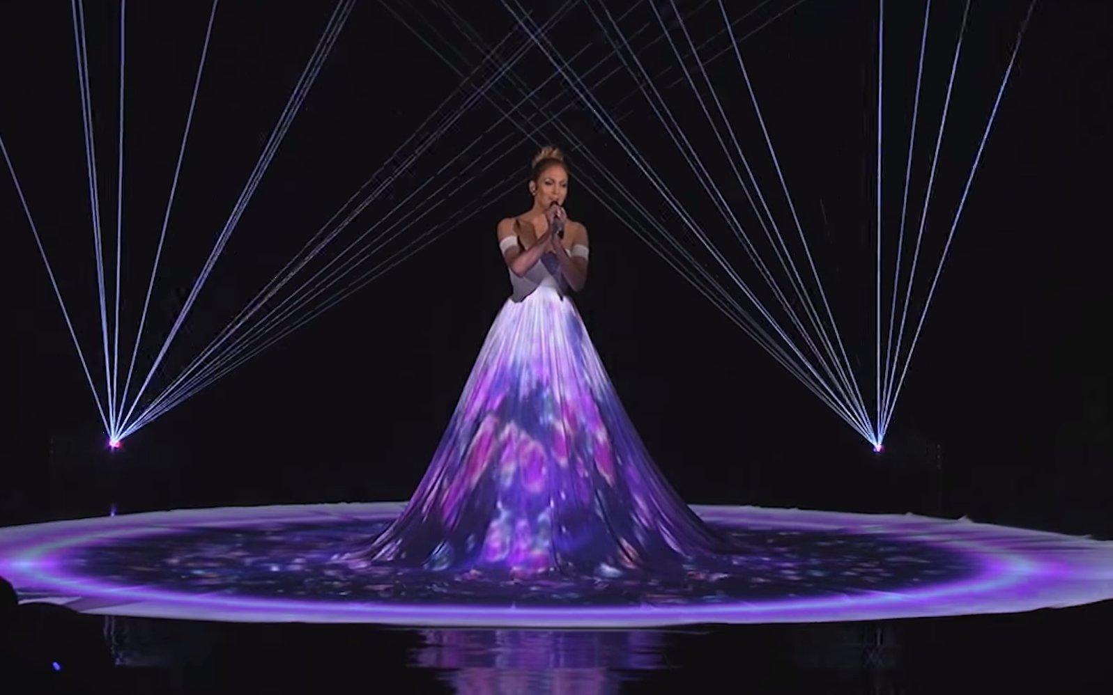Lopez4 - Why Jennifer Lopez's Dress in American Idol Performance Left People Speechless