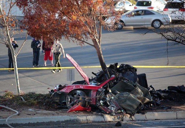 ワイルドスピード ポールウォーカー 事故에 대한 이미지 검색결과