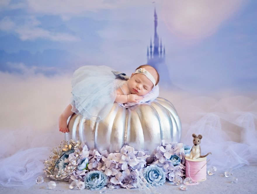 disney babies belly beautiful portraits 4 5978925e476af  880 - Disney Princess Themed Baby Photoshoot Has Taken The Internet By Storm