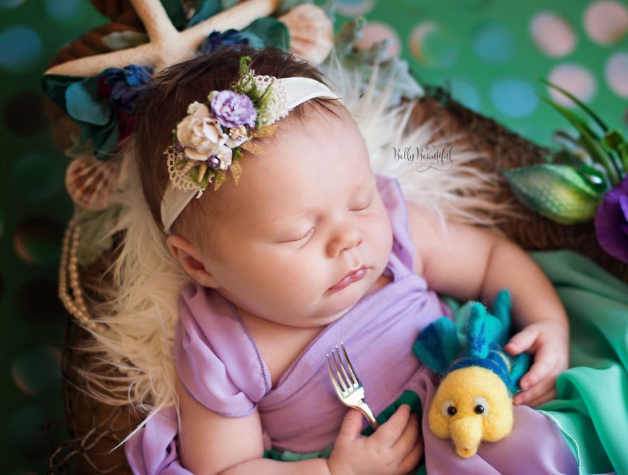 disney babies belly beautiful portraits 7 597892676d193  880 - Disney Princess Themed Baby Photoshoot Has Taken The Internet By Storm