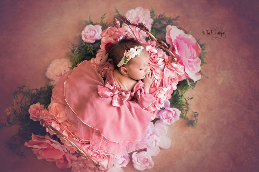 disney babies belly beautiful portraits 8 5978926ad5719  880 - Disney Princess Themed Baby Photoshoot Has Taken The Internet By Storm
