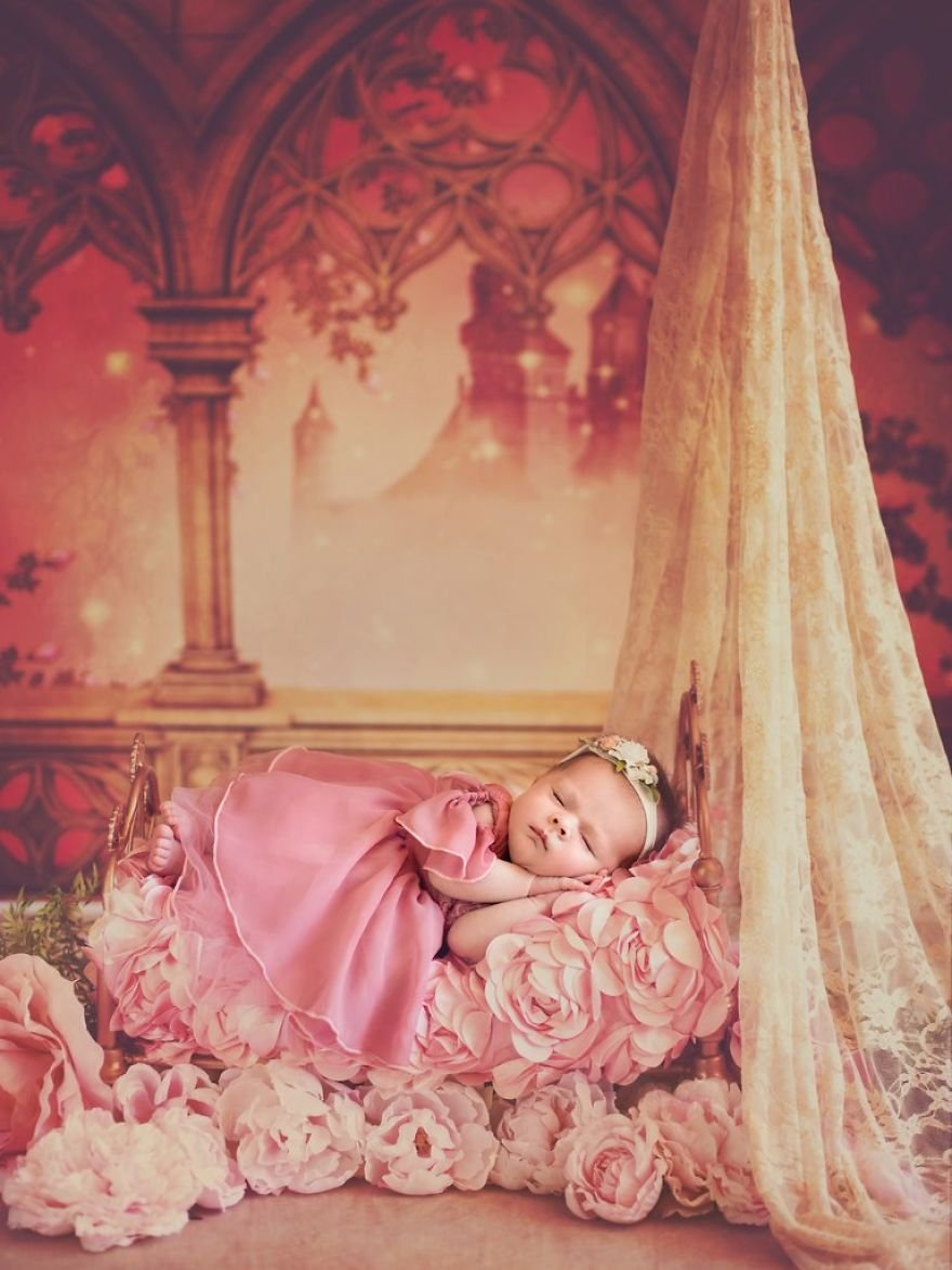 disney babies belly beautiful portraits 9 5978926d54e68  880 - Disney Princess Themed Baby Photoshoot Has Taken The Internet By Storm
