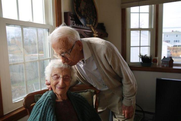 El resultado de la imagen de LIFE America's 'Longest-Married Couple' celebra el histórico 85 ° aniversario de bodas john and ann betar