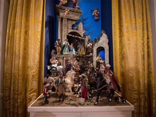 nativity scene whitehouse - White House Unveils 2017 Christmas Decorations & the Result is Truly gorgeous