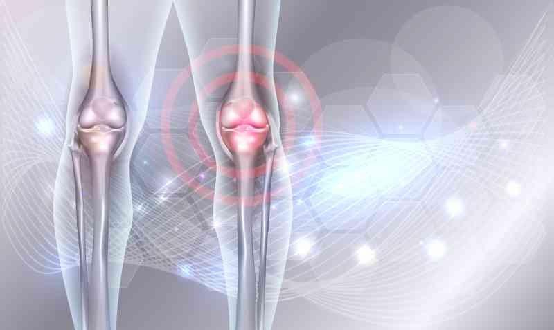 shutterstock 679786771 - The Best Natural Drinks To Strengthen Knees And Rebuild Cartilages Alongside Ligaments