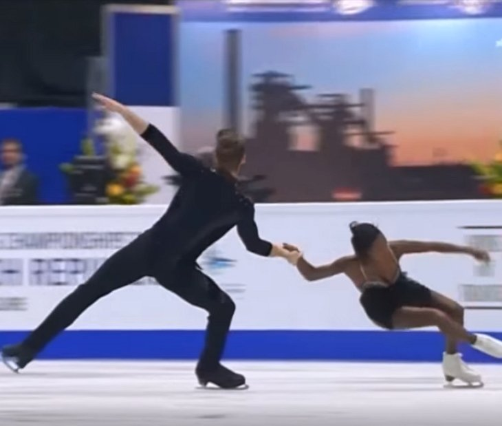 skaters41 - Why This Young Ice Skating Pair Blew the Minds of Millions Worldwide