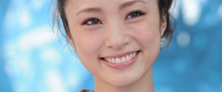 上戸彩,歯에 대한 이미지 검색결과