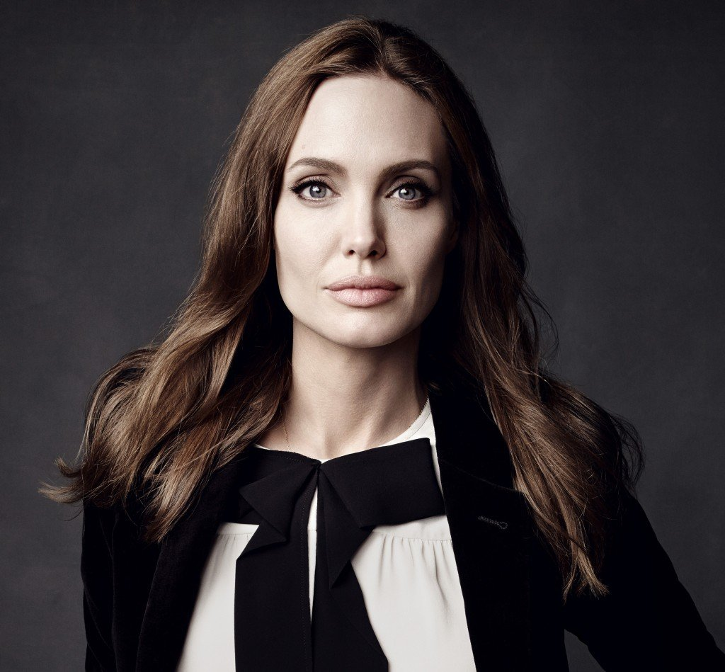angelina jolie divorcio brad pitt Angelina - Angelina Jolie se recusa a assinar divórcio com Brad Pitt