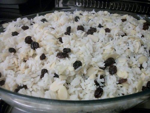 arroz-com-nozes-e-passas