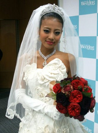 azuru yuu a happy marriage with a handsome guy what that cd5aff76 - あびる優さん、イケメン旦那と幸せな結婚!?その後…