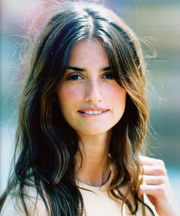 beauty unknown beauty of actress penelope cruz BqZEySI.jpg?resize=1200,630 - 衰え知らずの美しさ!女優ペネロペ・クルスの美の秘訣と謎に包まれたプライベート