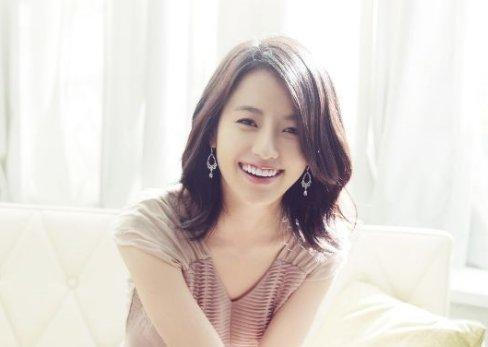 韓国で人気の女優ハンヒョジュと...