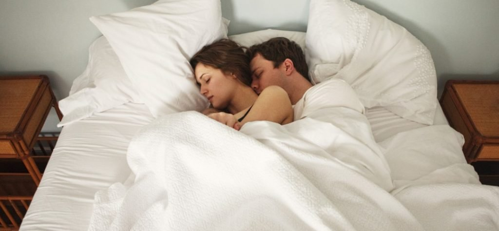 couple_bed-1080x500