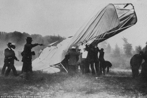 d66f742b.jpg?resize=1200,630 - 記憶と記録に残る、忘れられない飛行機事故