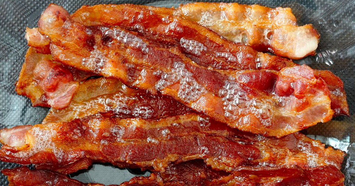 diana 1.png?resize=300,169 - Say Bye To Frying Bacon! Chef Explains The Easiest Way To Make Perfect Crispy Bacon Strips