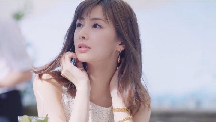 esprique01 2ea49.jpg?resize=300,169 - 北川景子さんの胸の大きさは?大きいのか小さいのかどっちなの?