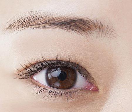 年代で変わる眉毛の形! 30代女性におすすめなのは?
