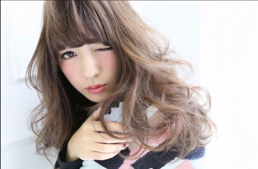 img 5a2f6eb99c7ef.png?resize=1200,630 - ミルクティーのような髪色を作るにはブリーチが必須!