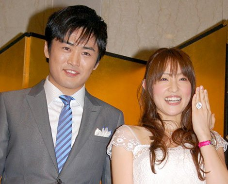 img 5a310896f2a7e.png?resize=648,365 - 劇団ひとりと大沢あかねの夫婦仲をご紹介!
