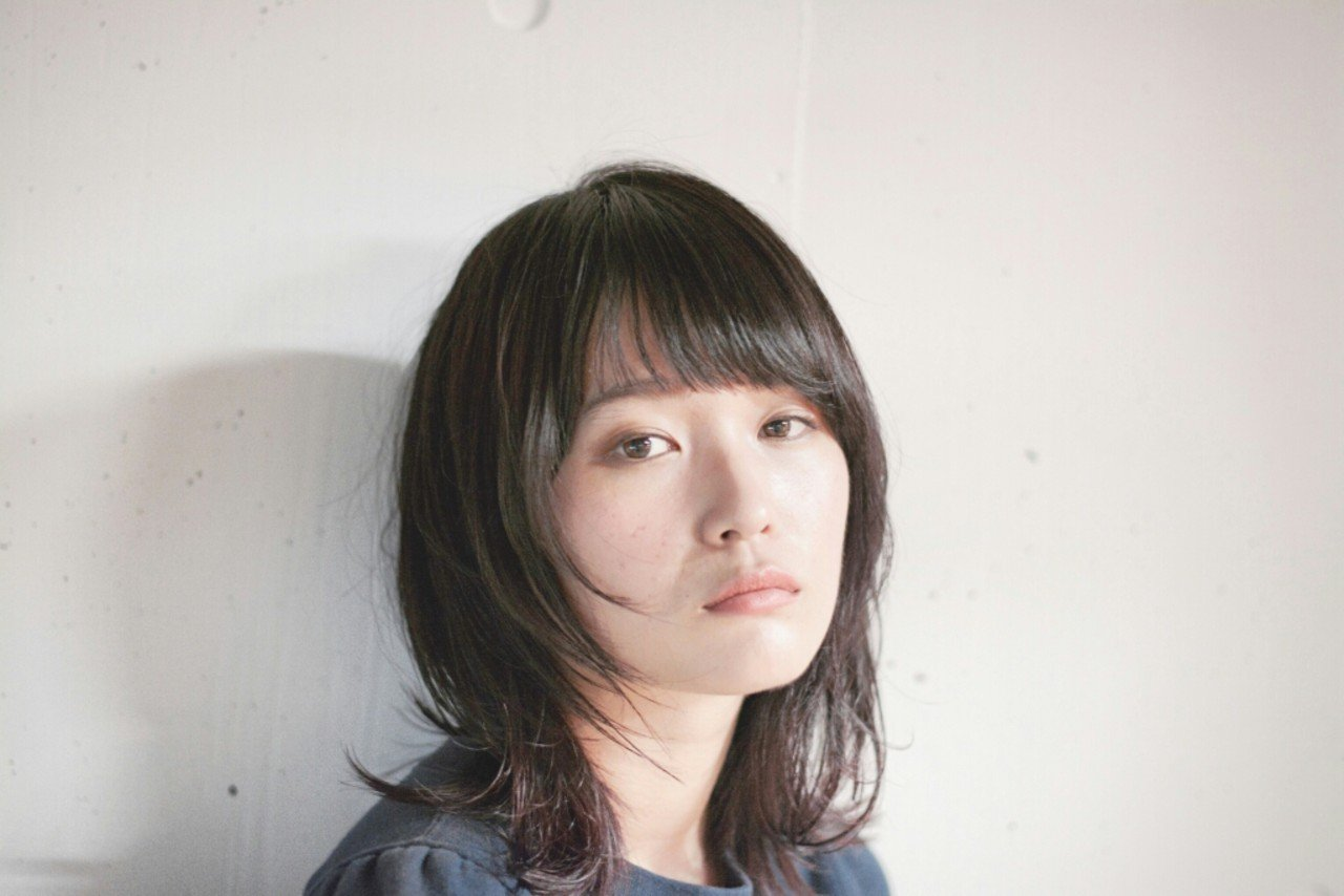 img 5a347620e85d9 - ミディアムに似合うパーマヘアは?顔型別にスタイルをご紹介
