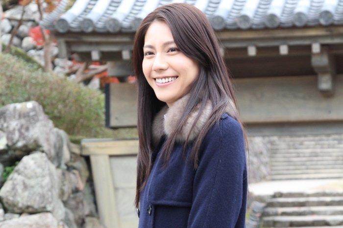 img 5a3576dda5d19.png?resize=1200,630 - 身長174cmのモデル出身女優・松下奈緒はパリコレモデルとしても通用する逸材