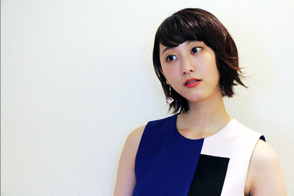 img 5a44bd0ec4073.png?resize=1200,630 - 松井玲奈のキスシーンがファンには衝撃的?彼氏はいるのか?