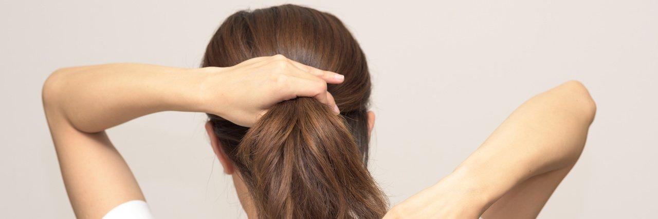 img 5a46ab6a00ae2 - ポニーテールでまとめて最旬の髪型に!