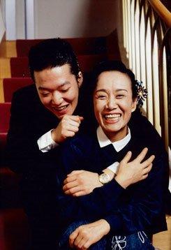 img 5a4732f21d551 - 昭和を代表する国民的歌手美空ひばり、水前寺清子との確執は本当?息子の黒い噂とは?