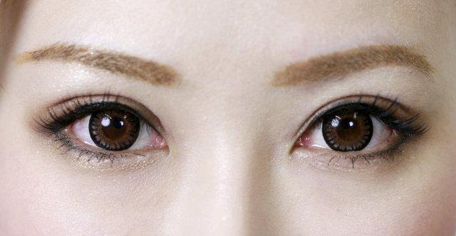 mayuge - 眉カラーを変えるだけで、もっとあか抜けた印象に