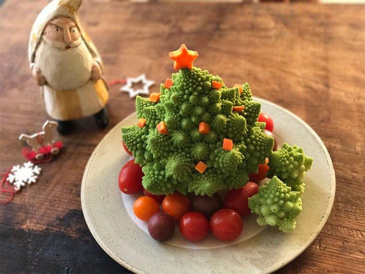 Image result for ロマネスコ クリスマスツリー