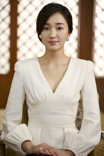 o0410061412396829948 - 韓国で人気の女優!スエのプロフィールとは?