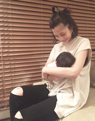 安田美沙子 出産에 대한 이미지 검색결과