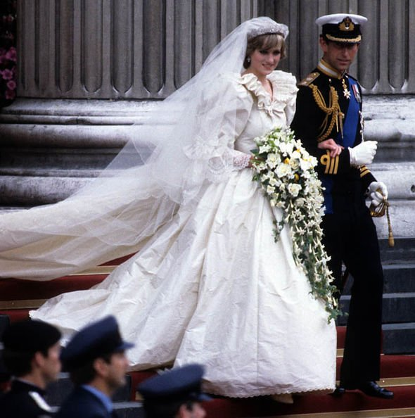prince charles princess diana wedding 1010528 - Several Moments Of Prince William and Harry That Lead Us To Reminisce About Princess Diana.