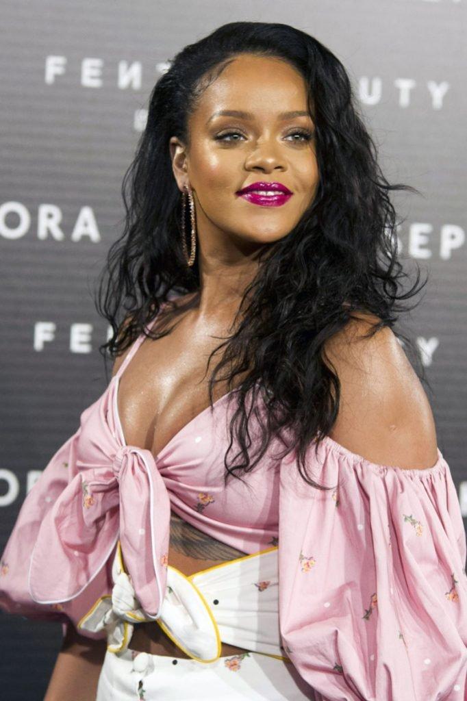 Rihanna atende a fotocallia 'Fenty Beauty' no Callao Cinema Apresentando: Rihanna Onde: Madrid, Madrid, Espanha Quando: 23 de setembro de 2017 Crédito: DyD Fotografos / Future Image / WENN.com ** Não disponível para publicação na Alemanha, Espanha **