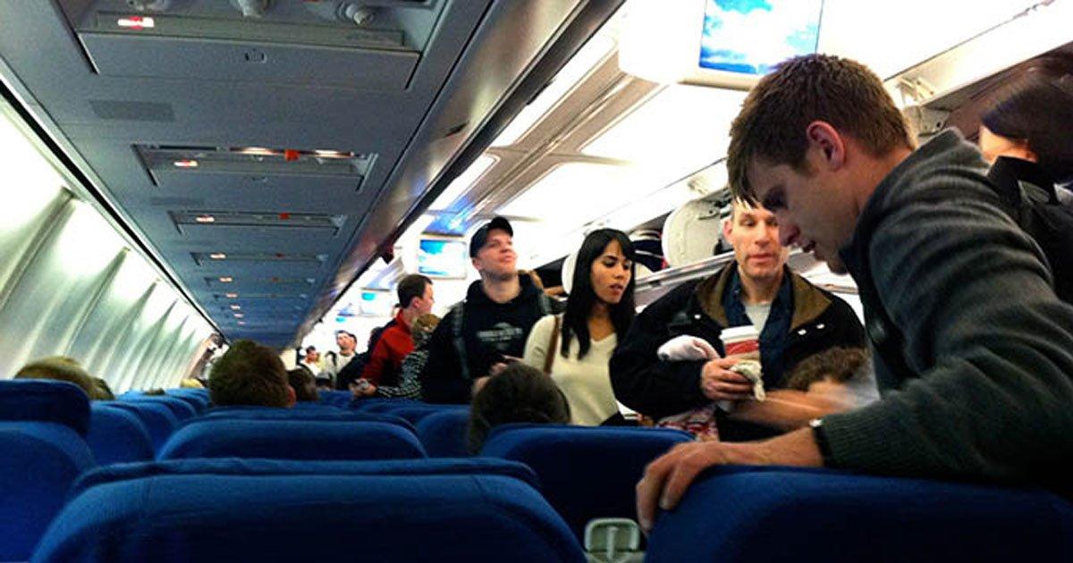 rrr444.jpg?resize=1200,630 - Mulher militar vê homem se aproximando dela no avião e acha que vai ser assediada, mas a intenção dele a deixa muito surpresa!