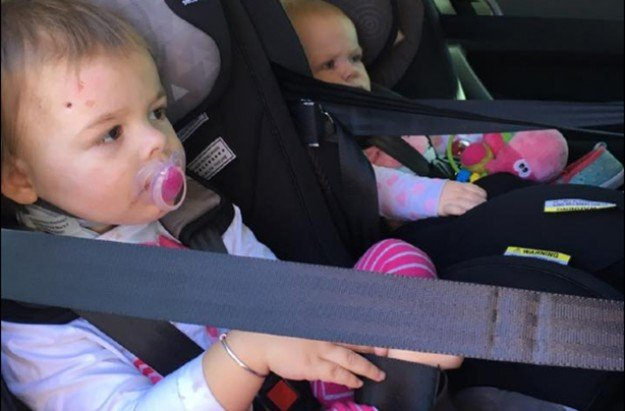 same accident different result car seat1 - Mother Warns Other Parents After Her Two Babies Got In Tragic Accident, 1 Unharmed, 1 Critically Injured