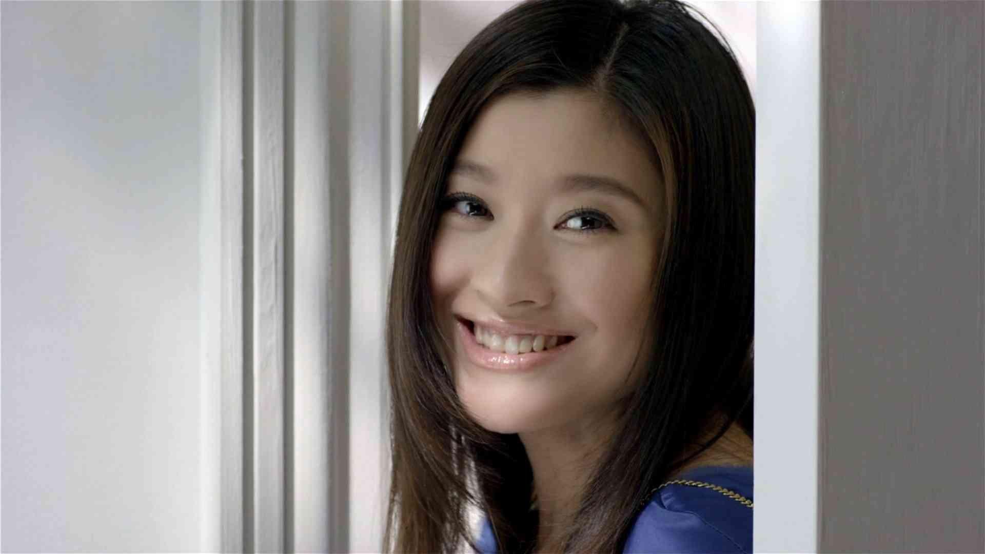 shinohara ryoko beautiful breasts fba3e5238a1705da5db31e459de751cc 0 - 篠原涼子がCMでブラ姿を披露!美しすぎる胸のカップ数は?!