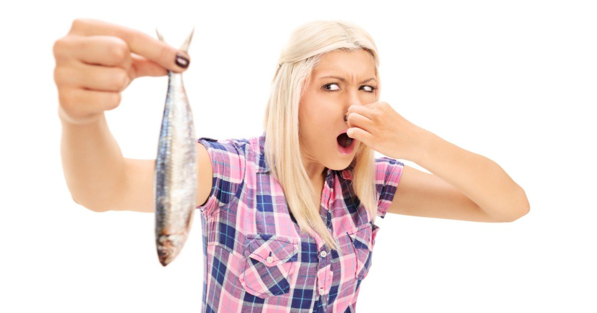 shutterstock shutterstock 212684635 2 - 치료법 없는 희귀 질환, 몸에서 썩은 생선냄새가 나는 '생선악취증후군'