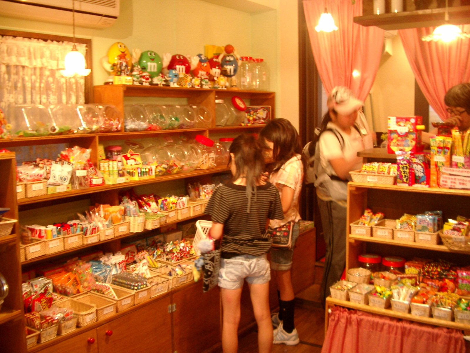 thats too nostalgic knowledge of old and present sweets shop 1232 2 - 懐かしすぎる!昔と今の「駄菓子屋」の知識