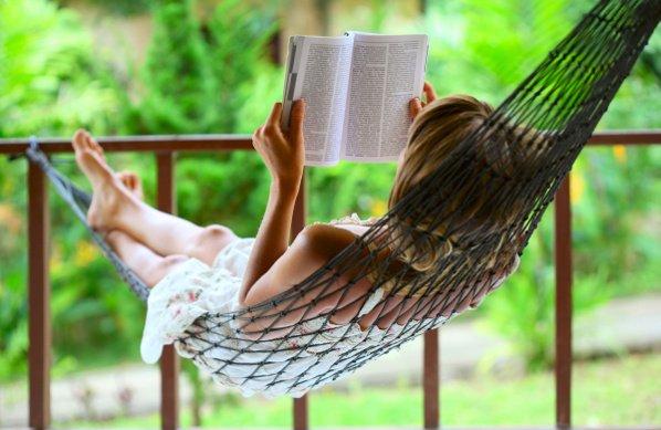 woman-reading2