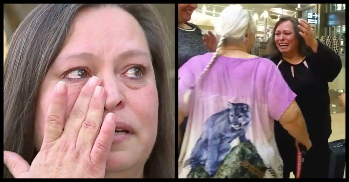 woman reunites mother 51 years apart one single fb comment daughter reunites with mom - Woman Reunites With Her Mother After 51 Years Apart, By A One Single FB Comment