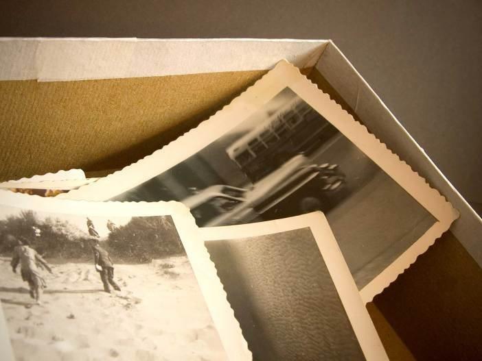 01-antique-photos-avoid-attic
