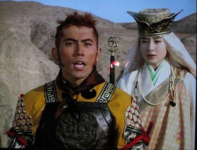 1454667101 1454396182 ton ngo khong 24 - 「愛のままにわがままに僕は君だけを傷つけない」は、宮沢りえ版の西遊記の主題歌!