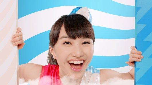 1489 4 - ももクロ百田夏菜子の身体能力の高さを証明する「エビ反りジャンプ」
