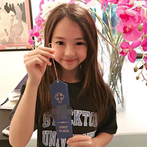 17818231 240336513040548 6147231655330316288 n 1 - 어린 나이에 미모 완성한 '한국계 혼혈' 키즈 모델 (사진 20장)