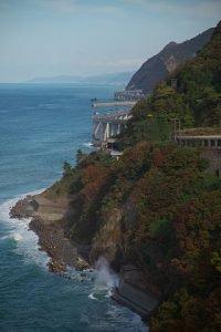 280px-hokuriku_expressway_and_route_8_oyashirazu_niigata_jpn_001