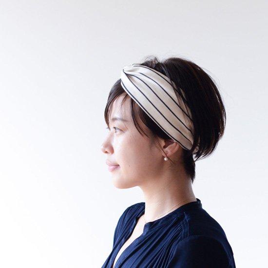 5 65 - ショートヘアのヘアバンドの付け方4つのトレンド紹介